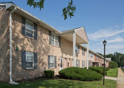 Exterior of Pickwick Apartments in Maple Shade, NJ